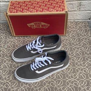 Vans•Canvas•grey/white•(EUC)•with box